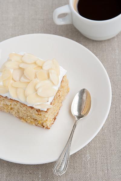 Bocca di dama cake for Passover