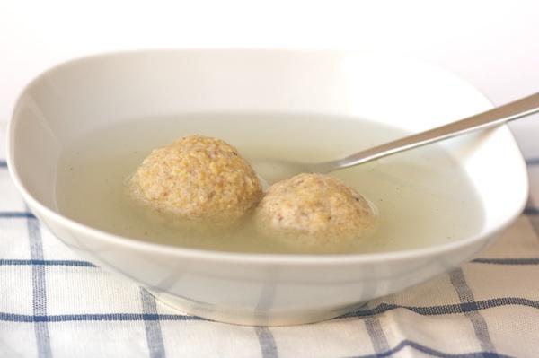 Matzo balls soup di Pesach