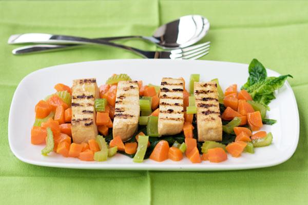 Tofu grigliato con le verdure