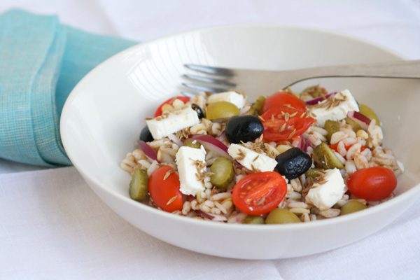 Un'insalata veloce che profuma di Mediterraneo