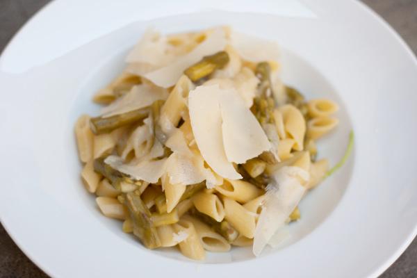 Pasta risottata agli asparagi