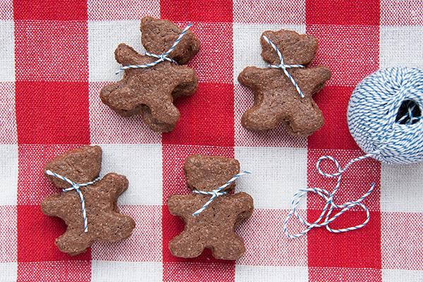 Biscotti di frolla integrale al cacao