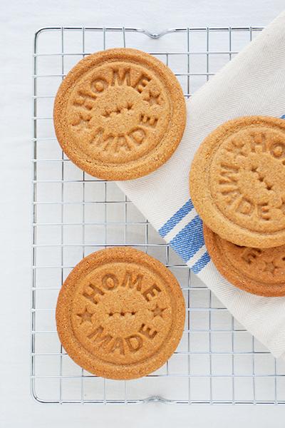 Biscotti vegani integrali alla cannella