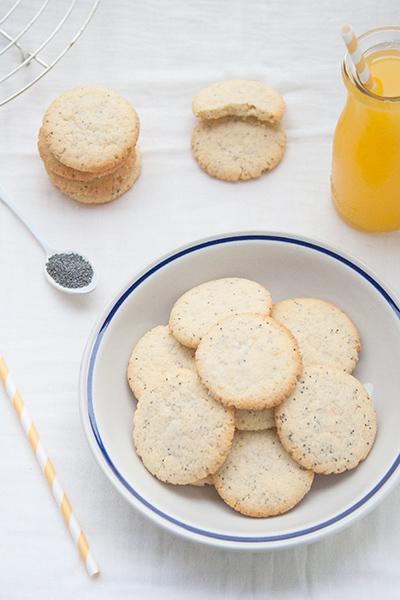 Biscotti al limone con semi di papavero