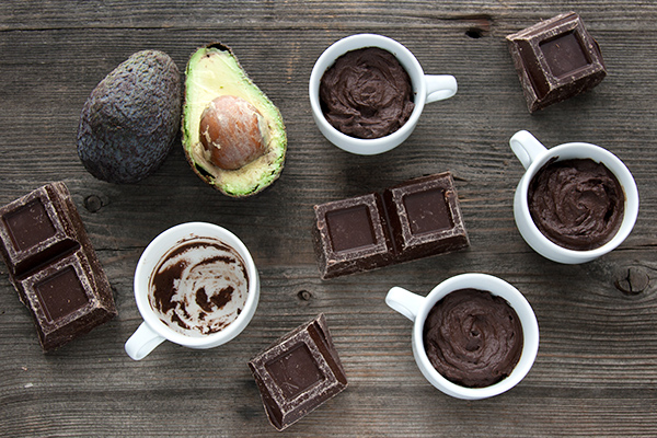 Mousse di cioccolato e avocado