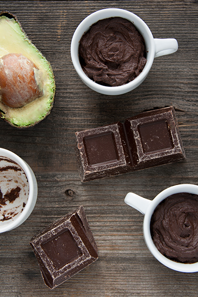 Mousse di cioccolato e avocado
