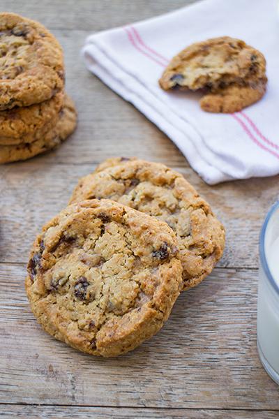 Cookies con uvetta e fiocchi d'avena