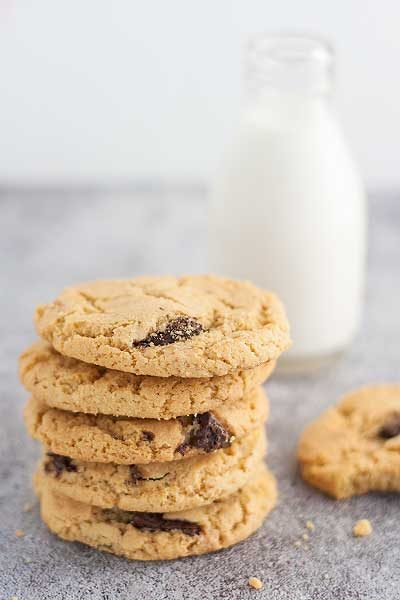 Chocolate chip cookies con farina di ceci